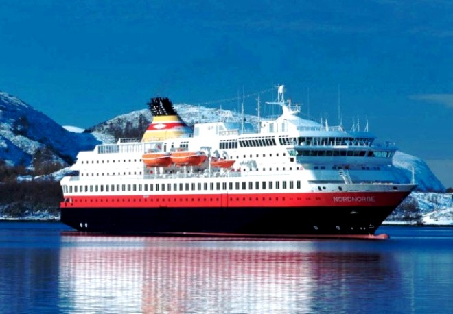 Ferry Hurtigruten